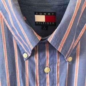 Tommy Hilfiger button down stripe - large